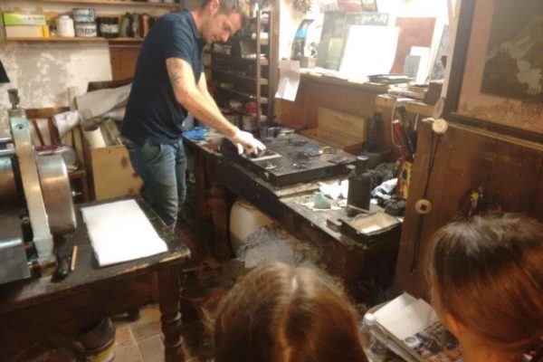 Laboratorio di stampa calcografica
